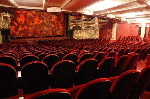 Théâtre Mogador.jpg